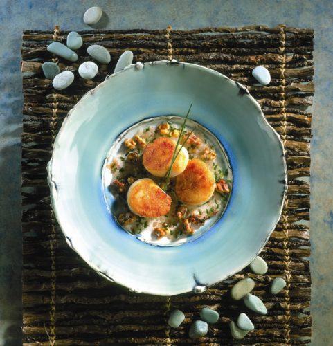 Virginia Sea Scallops with Shallots and Walnuts Recipe